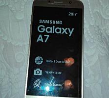 Продаем срочно недорого, новый в упаковке, бизнес телефон Samsung.