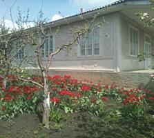 Vînd casă satul Mărăndeni, r-nul Făleşti! Schimb pe apartament Balti!