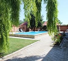 Дом с бассейном и сауной в Карагаше