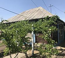 Продаётся дом на участке 11 соток