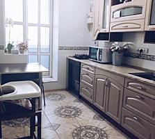 Продам 3-комн. квартиру в центре с отличным ремонтом