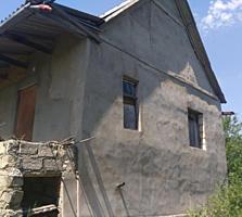 Дача С. О. Т. КОДРЫ, участок 6 соток, есть дом, требует ремонт.