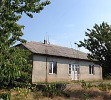 Продается дом с участком в селе Гармацкое.
