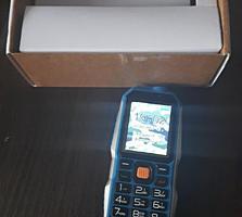 Мобильный телефон Rungee, стильный, солидный корпус, ударопрочный,