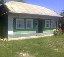 Se vinde casa bătrâneasca, r-n Ungheni, s. Romanovca; 7000 euro.