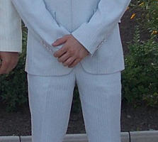 Белый костюм 44 размера 400р.