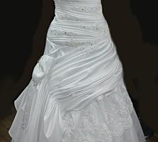 Rochie de mireasa, accesorii incluse