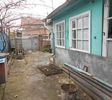 Ботаника. Часть дома. Отдельный двор. 39000 евро.