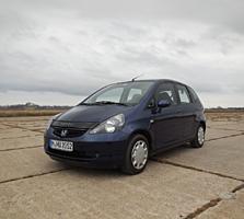 Продам Honda Jazz автомат 7 ступеней+газ, 3 800 на немецких номерах