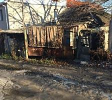 Продаётся часть дома с участком на Буюканах