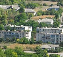 Продается 3-комн. кв. в с. Красненькое (рядом с Рыбницей). Недорого.