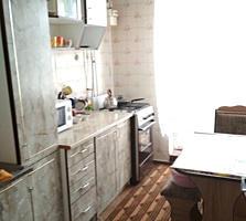 Срочно продаю большую 2-комнатную квартиру 61 кв. м. БОРИСОВКА
