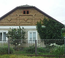 Срочно продаётся дом, возможен вариант обмена.