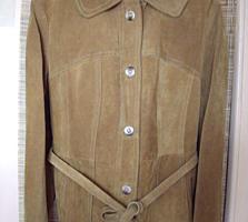 Замшевая женская куртка производство Польша.