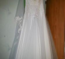 Продам свадебное платье со всеми аксессуарами