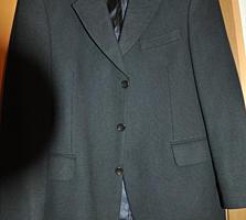 Пиджак из шерсти. Размер M