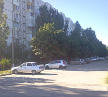 Dobruja (Luceafărul 5). Apartament cu 3 odăi seria 143 la etajul 9/9.