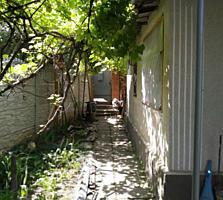 Продам дом у парка (гараж, огород)