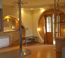 1-комнатная квартира-студия с ЕВРОРЕМОНТОМ и балконом-комнатой