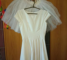 Продам платья женские, р. 42-- 44, S - XS рост 156/ 160