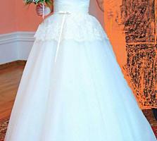 Продам свадебное платье, 1600 лей Размер s-m.