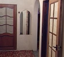 Se vinde apar. cu 3 odăi etaj 5 din 9 de proprietar fără intermediar.