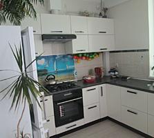 Шикарная квартира в комплексе Дрэгэлина, евроремонт, мебель, автономка
