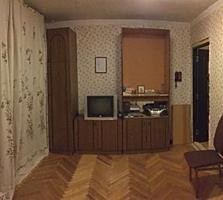 Светлая и теплая двухкомнатная квартира ищет нового хозяина