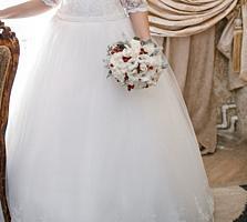 Срочно!!! Свадебное платье 44-50 размера