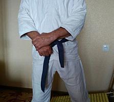 Продаю кимоно.