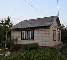 Частный дом с огородом и гаражом. Северный (рядом Варница).
