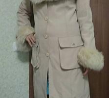Зимнее, подкладка - кролик, размер - 44