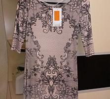 Платье новое, размер XS, сидит по фигуре идеально!