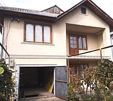 Срочно продам двухэтажный дом на Поле Чудес