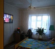 "Ул. Циолковского, парк ""Победа"", 8 соток, 2 гаража. Мебель, техника."