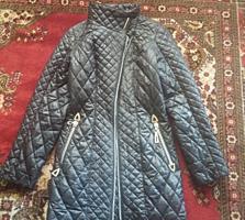 Пальто короткое, демисезонное, р. 40-42, в хорошем состоянии