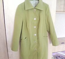 Продам женское пальто новое