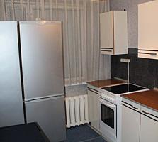 Продам 2-ком. квартиру. Ботаника. Индепенденцей 4/1,6 этаж. 36800 Евро