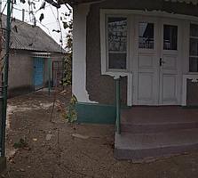 Просторный светлый дом с верандой