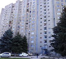 "Буюканы, 1-комн., район ""Флакэра"" 3-й этаж, 36 м2, хорошее состояние!"