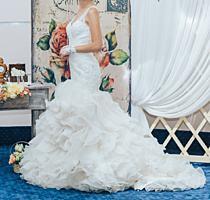 Продам шикарное свадебное платье размера S/M (40-44)