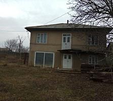 Срочно! Продаётся двухэтажный домв селе Паустова.