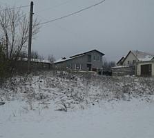 Se vinde lot pentru constructie 0.5 ha