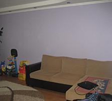Vînd apartament reparat, mobilat, 2 camere