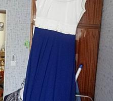 Женские платья и костюм