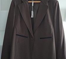 Продаю пиджак новый (Италия) с этикеткой 54 размер цена 140 лей.