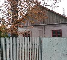 Дом на Шелковом (нужен ремонт).