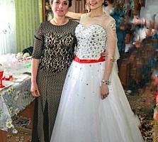 Продам свадебное платье, за 1300 леев