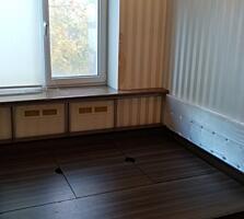 Продам 3-комнатную квартиру в городе Рыбница, ул. Бородинская 3
