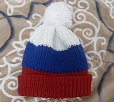Новая, вязаная, зимняя шапка